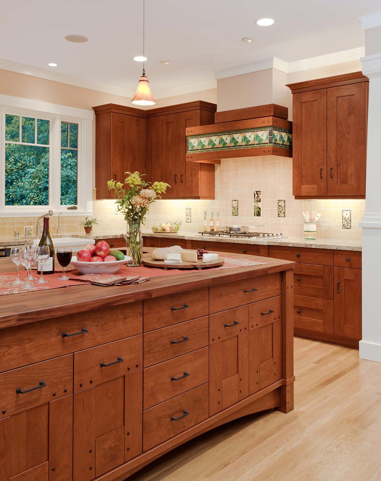 The Top High End Cabinets For Your Upscale Kitchen Remodel