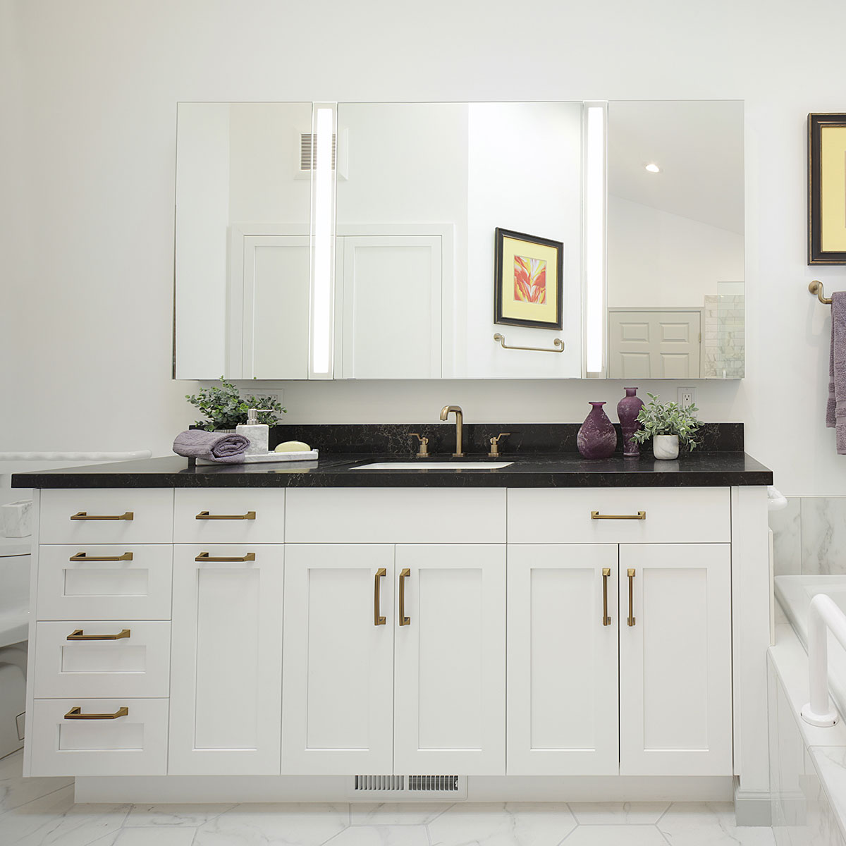 Upscale Bathroom Remodeling Trends East Bay California - Oakland - Black and White for Visually Impaired - Custom Kitchens by John Wilkins